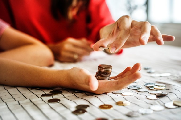 10 Easy Steps to Improve Your Monthly Budget